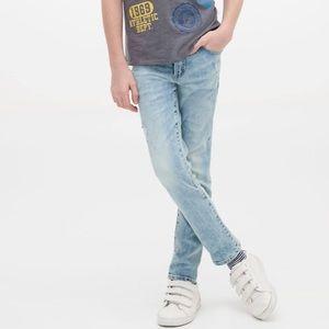 GAP regular stretch slim jean in light wash Size 7